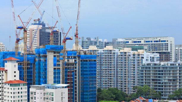 Reasons for falling HDB prices
